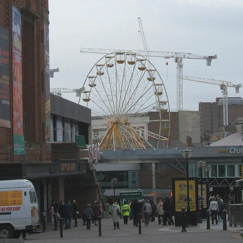 Queens Square in November 2006
