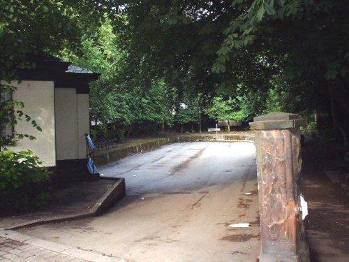 The Duckpond carpark on Woolton Street