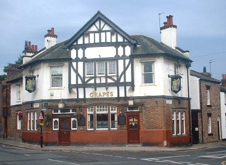 The Grapes pub - corner of Quarry Street and Allerton Road