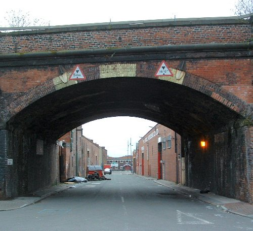 Looking down Maddrell Street off Love Lane