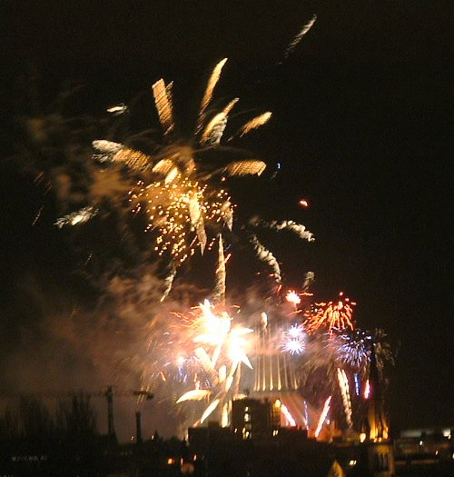 Liverpool firework display New Years Eve 2004