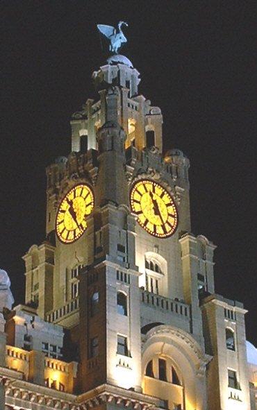 Liver Building clock at night