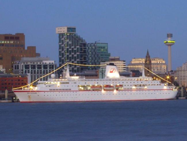 The MS Deutschland visits Liverpool