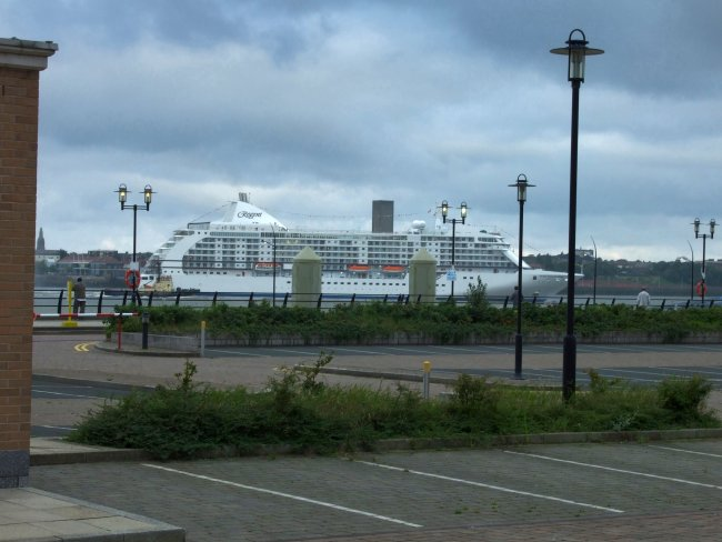 The Seven Seas Voyager visits Liverpool