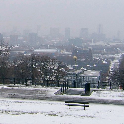 Everton Brow in the snow - 12th March 2006
