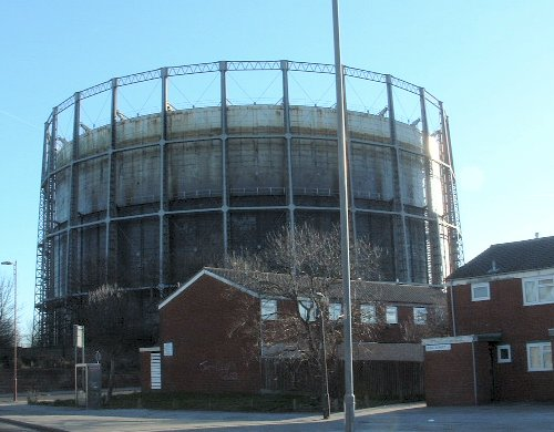 Under the Bridge in Garston - gas holder on Banks Road 29th February 2004